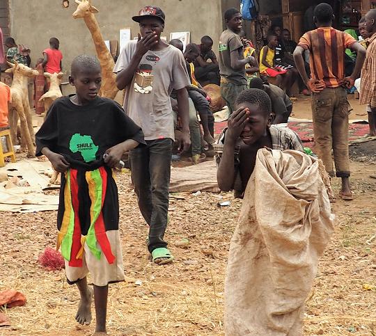 kisenyi street kids, kampala uganda